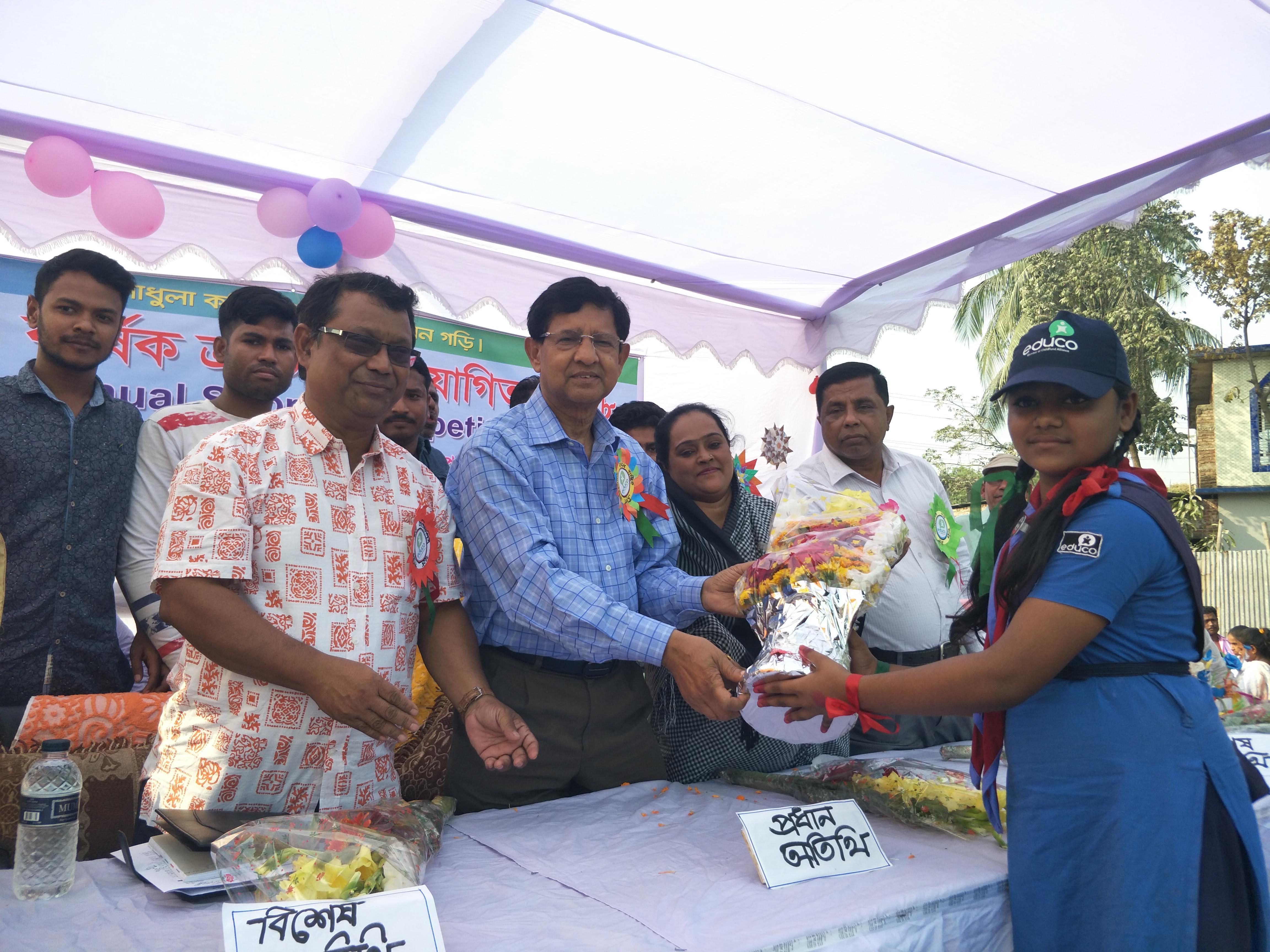 চনপাড়ায় এডুকো সেতুবন্ধন পাটশালায়