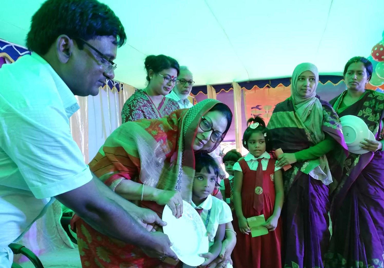 রূপগঞ্জে কৃতি শিক্ষার্থীদের